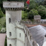 red or black maverick castle slackline stunt 07